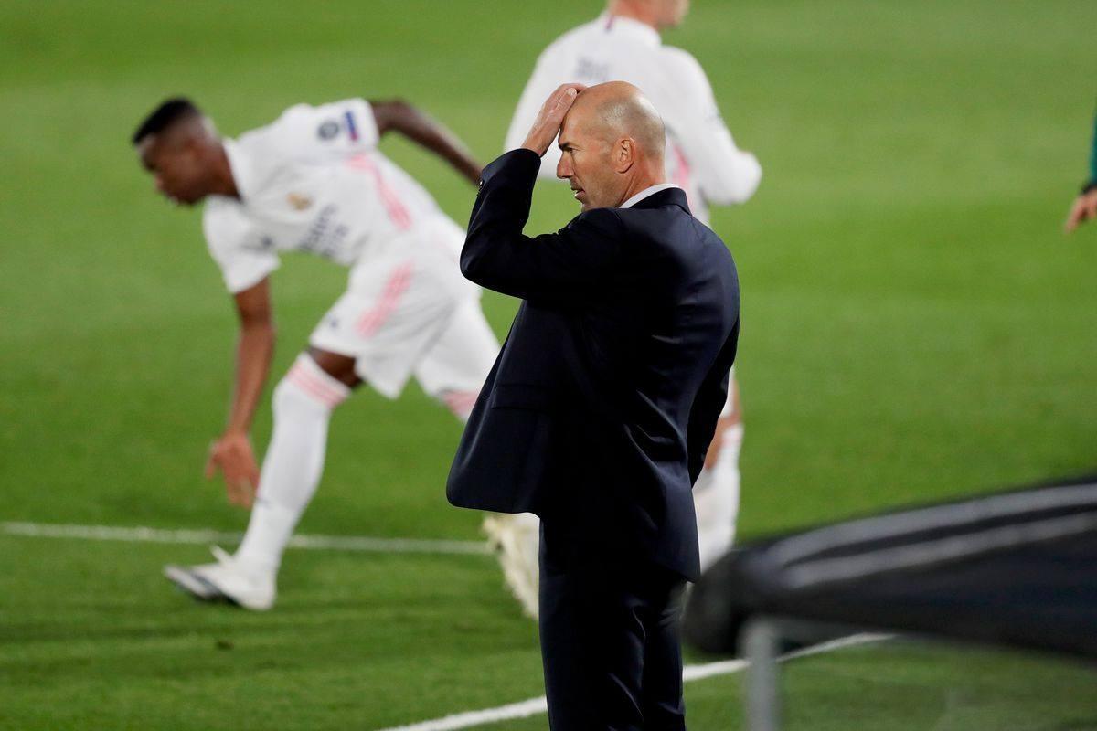 Huấn luyện viên đang chịu nhiều áp lực vì phong độ kém cỏi gần đây của Real Madrid
