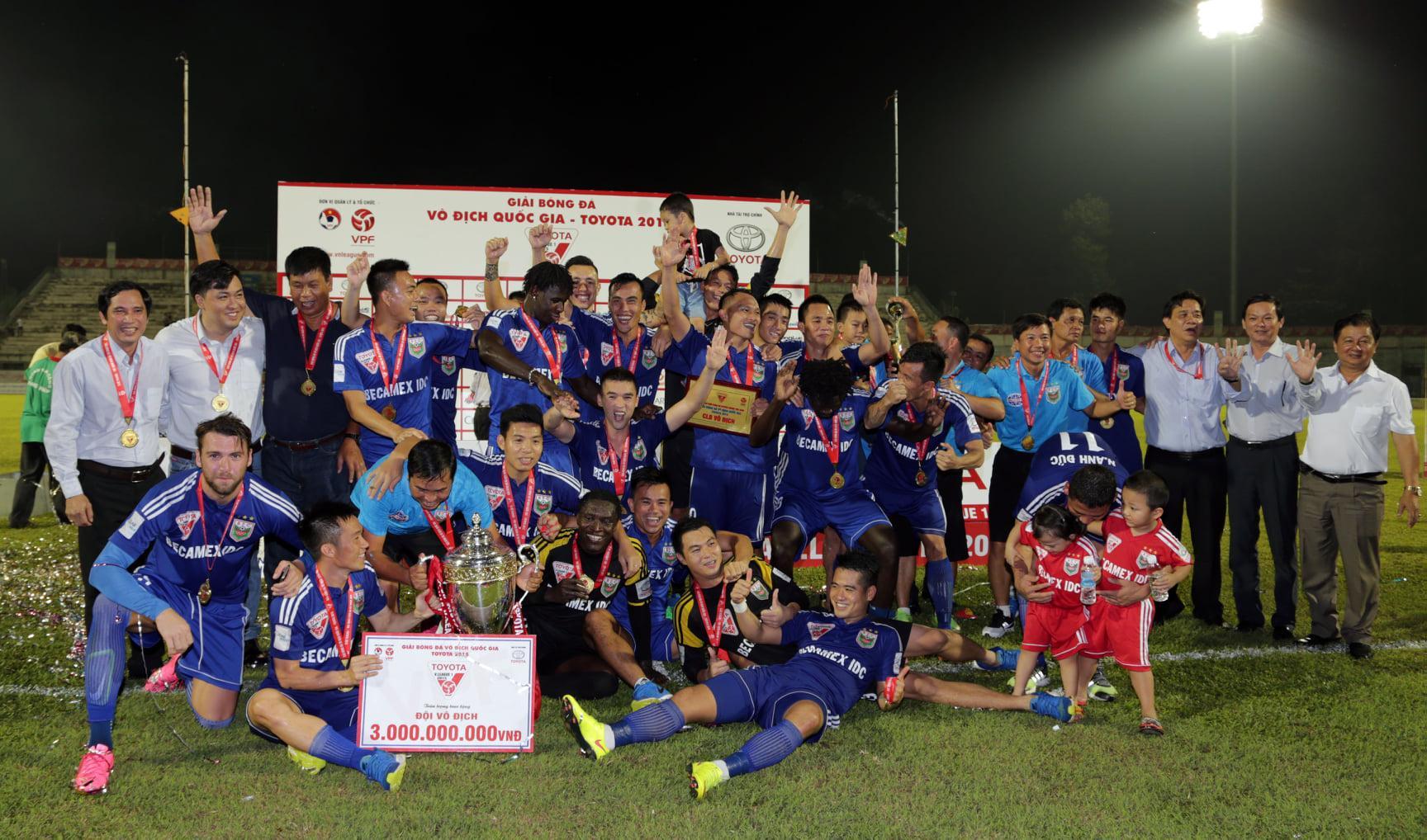 Trọng Hoàng vô địch V-League với Becamex Bình Dương 2 năm liên tiếp