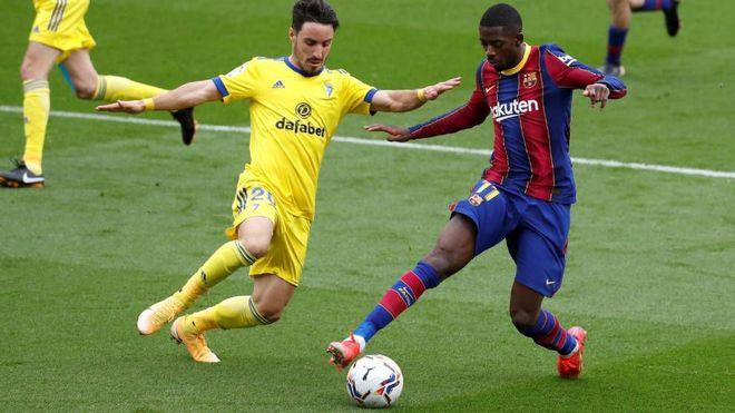 Xung quanh Messi toàn sao bất tài, làm sao phải ở lại Barcelona? - ảnh 1