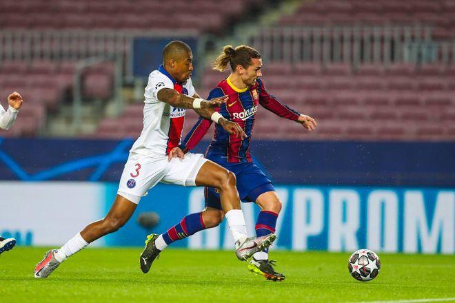 Sốc: Pique và Griezmann chửi mắng nhau kịch liệt trong trận Barcelona thua PSG 1-4 - ảnh 2