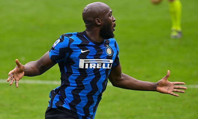 Romelo Lukaku 'cà khịa' cực gắt Ibrahimovic sau trận thắng đậm Milan 3-0 - ảnh 1