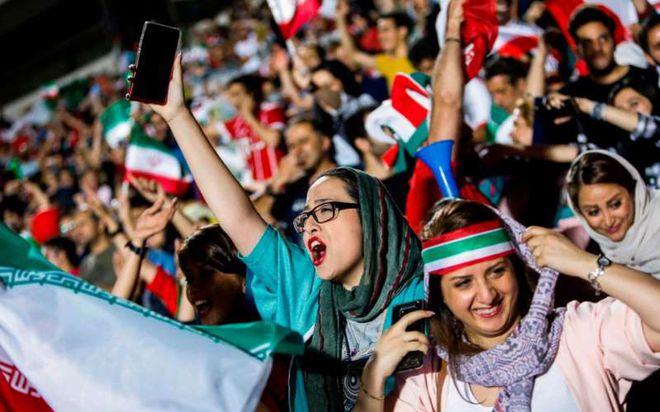 Tréo ngoe cảnh nhiều 'sao' nữ thể thao Iran bị chồng dùng luật cấm xuất cảnh - ảnh 3
