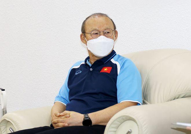 Lo sức yếu không thể gánh tốt tuyển Việt Nam, thầy Park ngày nào cũng tự tập - ảnh 2