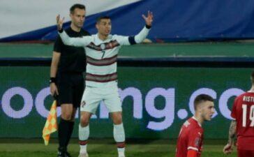 Ronaldo bị tước đoạt công trạng, Bồ Đào Nha cay đắng chia điểm với Serbia