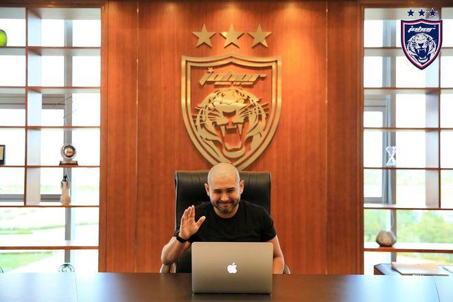 Hoàng tử bang Johor Malaysia sắp thâu tóm Valencia, Quang Hải sẽ đến La Liga? - ảnh 1