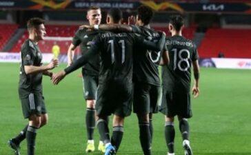 3 sao Man Utd; 'Ác mộng' Arsenal