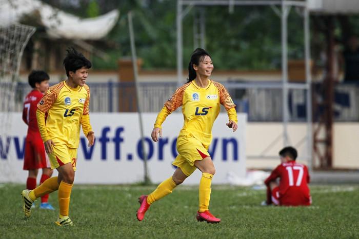 giải bóng đá nữ cúp quốc gia 2021 xác định được 2 cặp bán kết