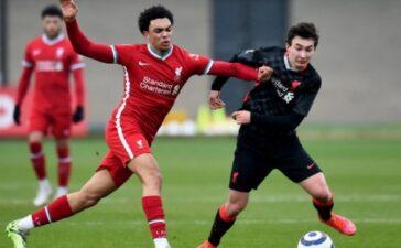 ''Xâu kim'' Fabinho, Liverpool đang có một Messi mới