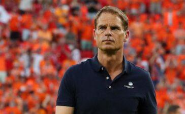 Hà Lan sa thải HLV Frank de Boer