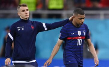 Pháp trong đêm không tưởng và điên rồ của Euro