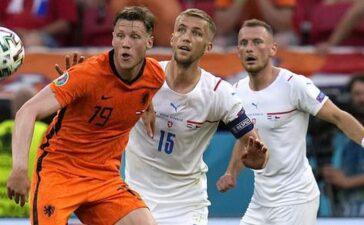 De Ligt nói về thẻ đỏ, Frank de Boer từ chối nhắc đến ghế HLV Hà Lan