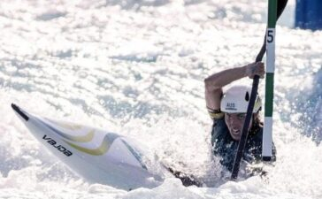 Dùng bao cao su theo cách không ngờ, VĐV Australia vô địch Olympic Tokyo 2020