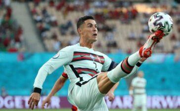 Sếp lớn chốt tương lai của Ronaldo