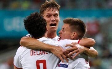 Đan Mạch vào bán kết Euro sau 29 năm