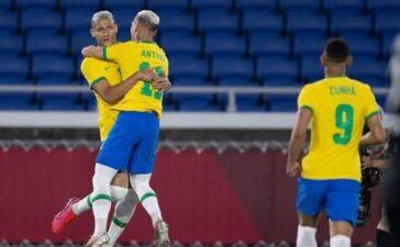 Brazil đè bẹp Đức với 'hat-trick' chớp nhoáng của Richarlison