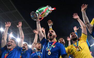 Italy và những đêm huyền ảo bất tận