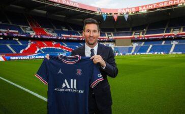 Lionel Messi chính thức ra mắt PSG, quyết định mặc áo đấu số 30