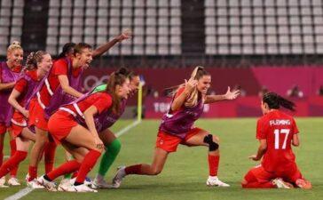 'Ngựa về ngược', tuyển Canada bất ngờ vô địch Olympic