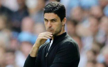 Arsenal thảm bại vì sự ngây thơ của Arteta