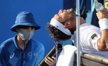 Tình nguyện viên Olympic làm việc liên tục dưới nắng nóng