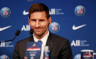 Cuộc dạo chơi của Messi ở Pháp bắt đầu