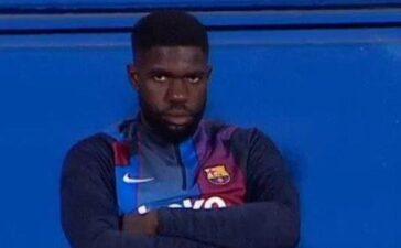 Umtiti bỏ vào phòng thay đồ vì bị CĐV Barca la ó