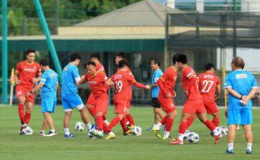 ĐT Việt Nam và U22 Việt Nam sẽ thi đấu nội bộ