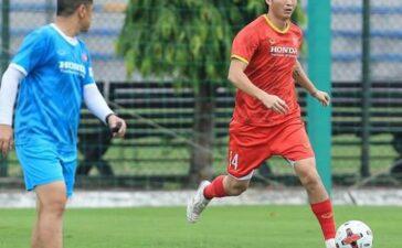 Tuấn Anh báo tin vui cho HLV Park Hang-seo