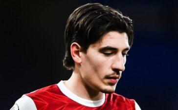 Arsenal trả giá vì sai lầm của Bellerin