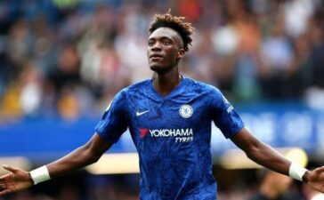 Chelsea đồng ý bán 'Drogba 2.0' cho đội bóng của HLV Mourinho