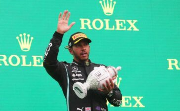 Tay đua F1 Lewis Hamilton thừa nhận sức khỏe suy yếu nhiều sau khi mắc Covid-19