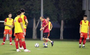 Ông Park không giấu bài trong trận đá với Kyrgyzstan